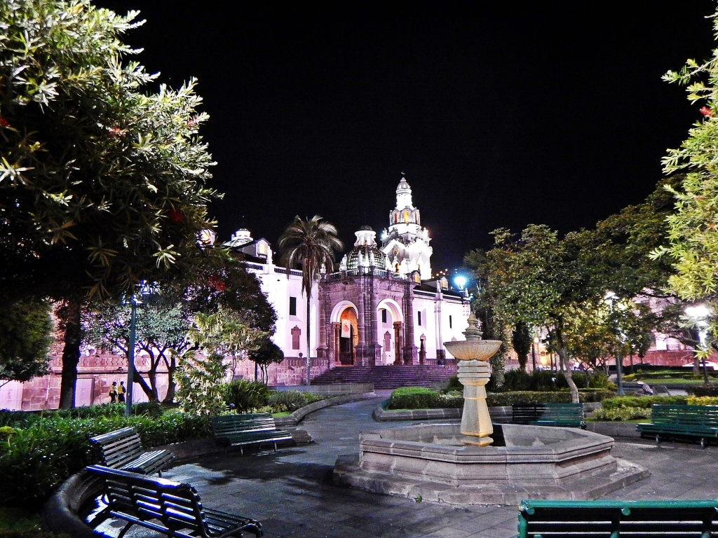 Plaza Grande and Cathedral de Quito