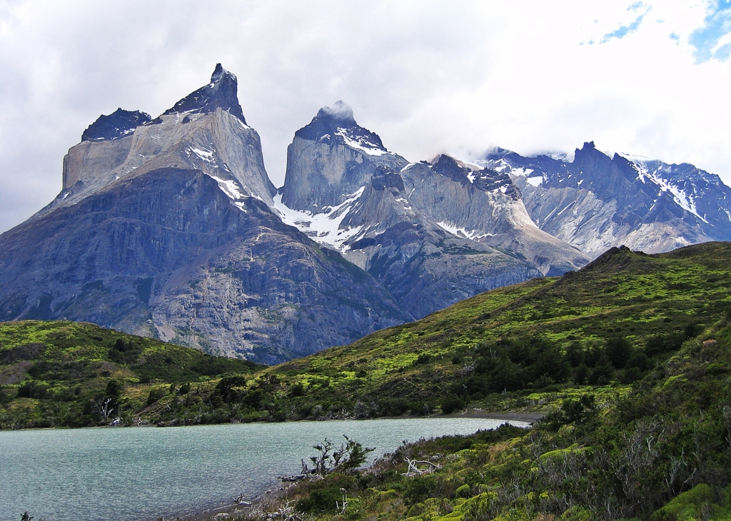 Cuernos del Paine and Lago Nordenskjold