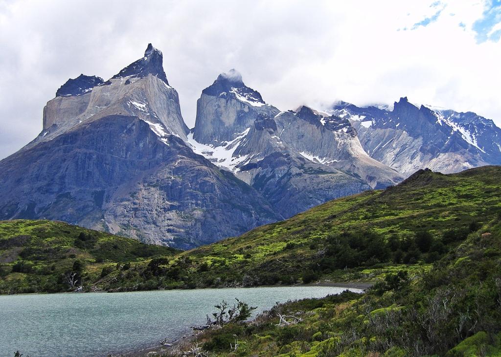 Cuernos del Paine and Lago Nordenskjold