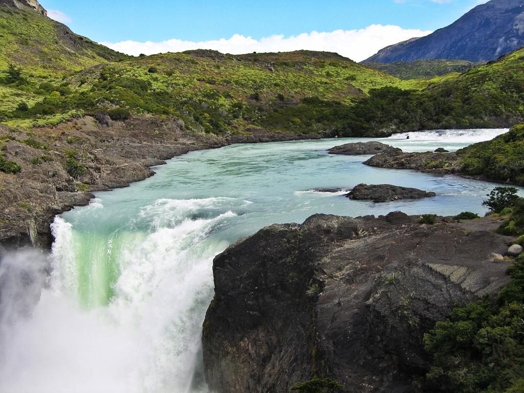 Salto Grande waterfall, Torres del Paine
