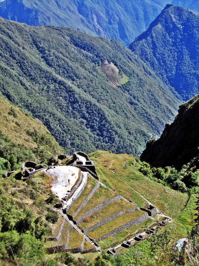 Phuyupatamarca ruins, Inca trail