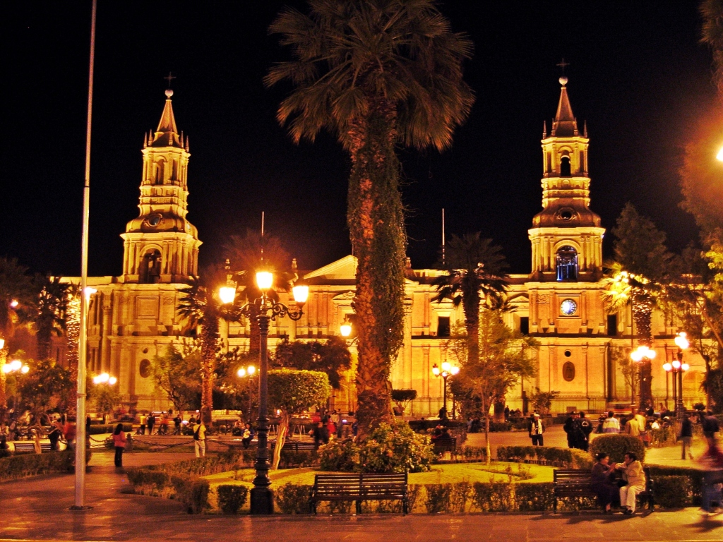 La Catedral at night, Arequipa