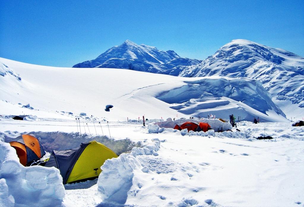 Snow walls, Camp 2, Denali Climb
