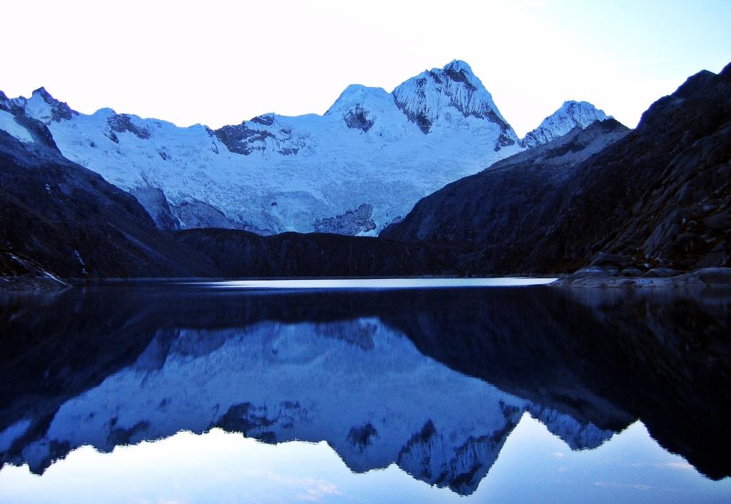 Nevado Santa Cruz reflecting off Laguna Cullicocha, Alpamayo Circuit Trek