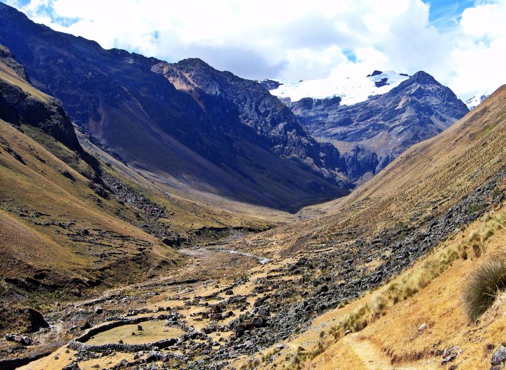 Ruina Pampa, Alpamayo Circuit Trek