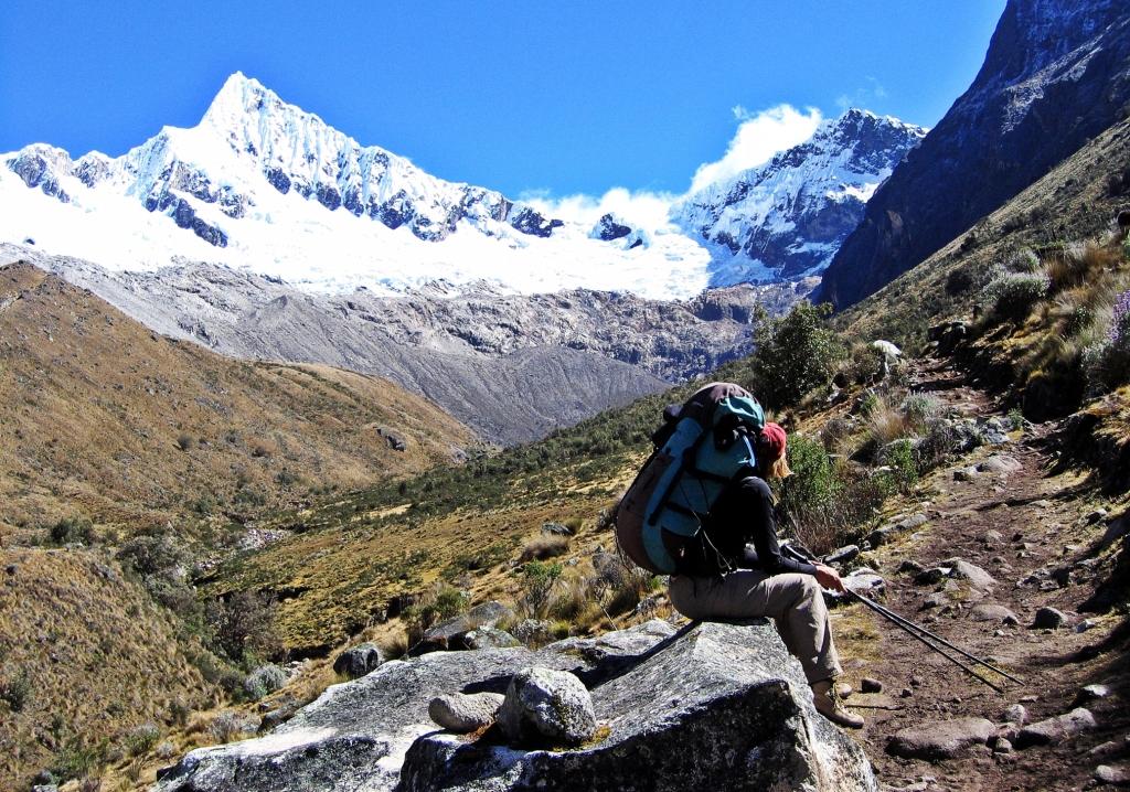 On the way to Alpaymayo south basecamp