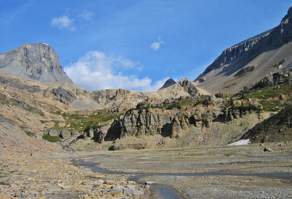 Looking up to Daly-Niles Pass, Wapta Traverse