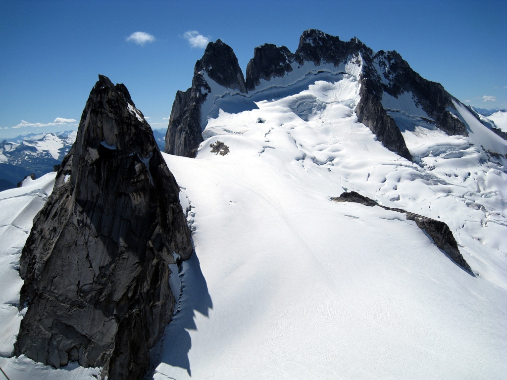 Pigeon Spire and Howser Towers seen from Snowpatch summit, Bugaboos