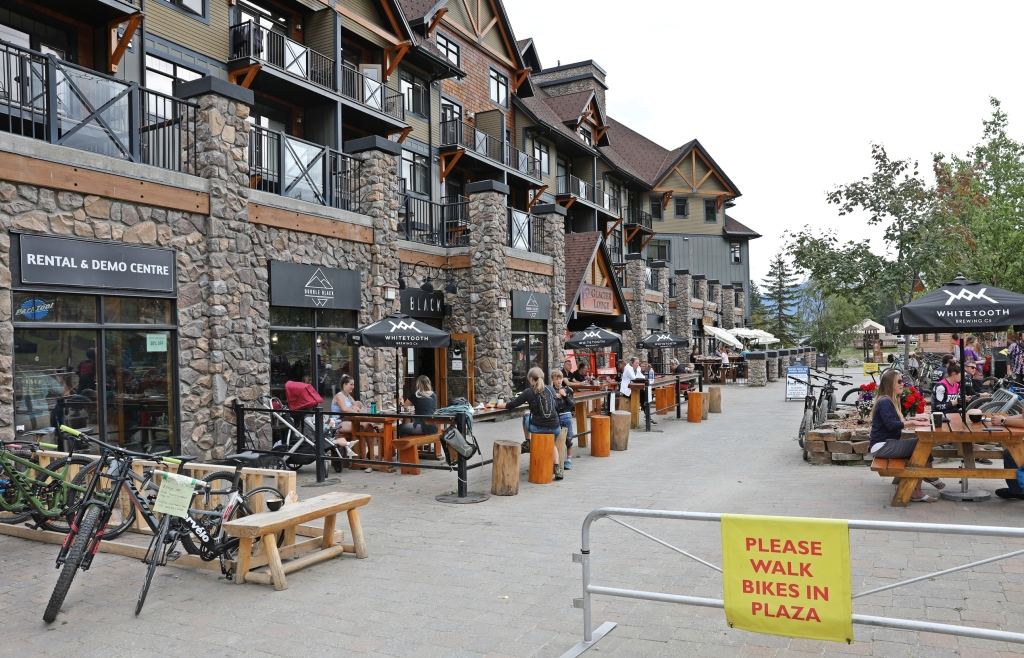 Kicking Horse Mountain Resort Village