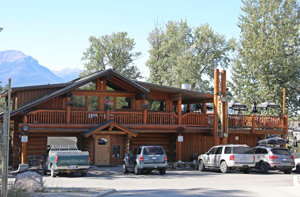 Island Restaurant, Golden BC