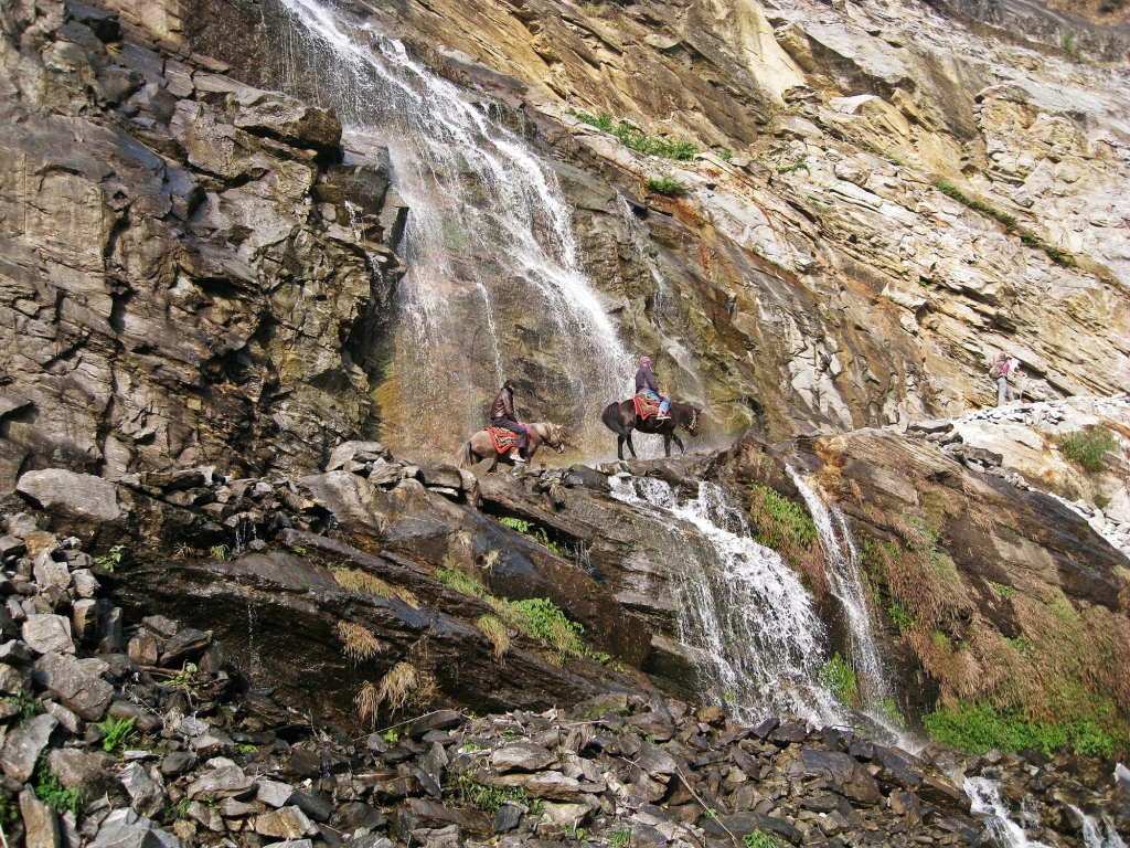 Trail though a waterfall, Annapurna Circuit Trek
