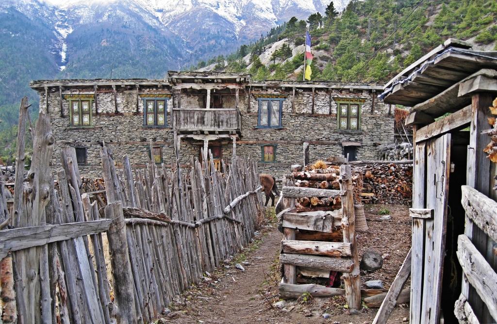 Ghyaru, Annapurna Circuit Trek