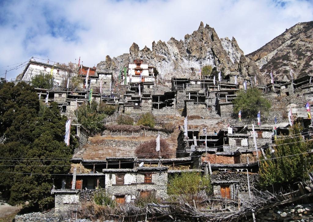 Braga, Annapurna Circuit Trek