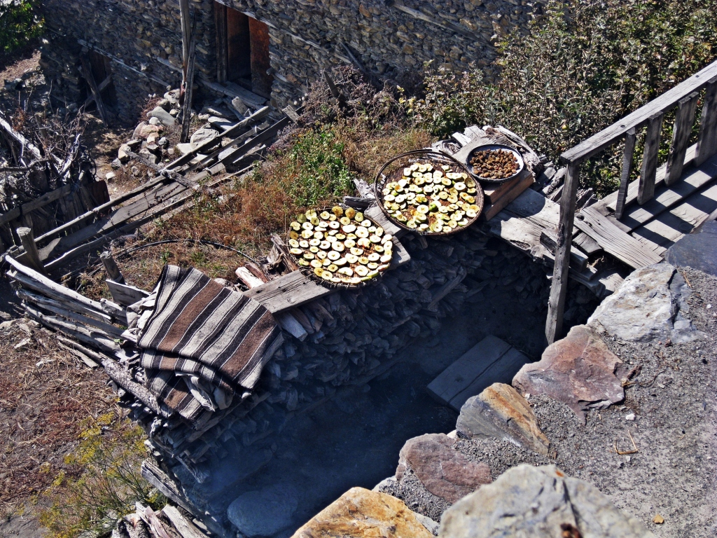 Drying apples, Braga, Annapurna Circuit Trek