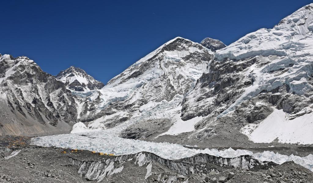 Khumbu Icefalls, Everest Base Camp