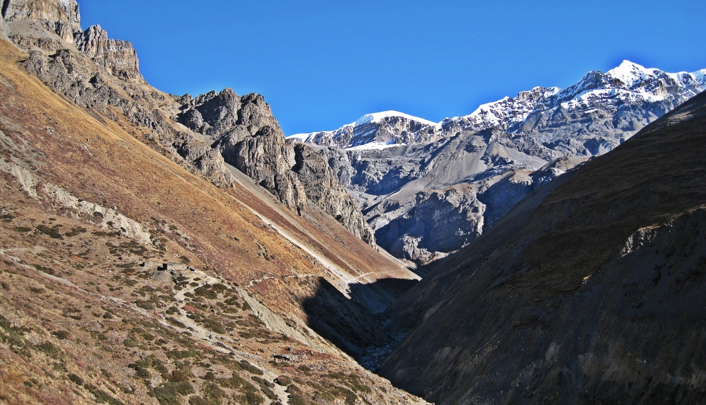 Above Letdar, Annapurna Circuit Trek