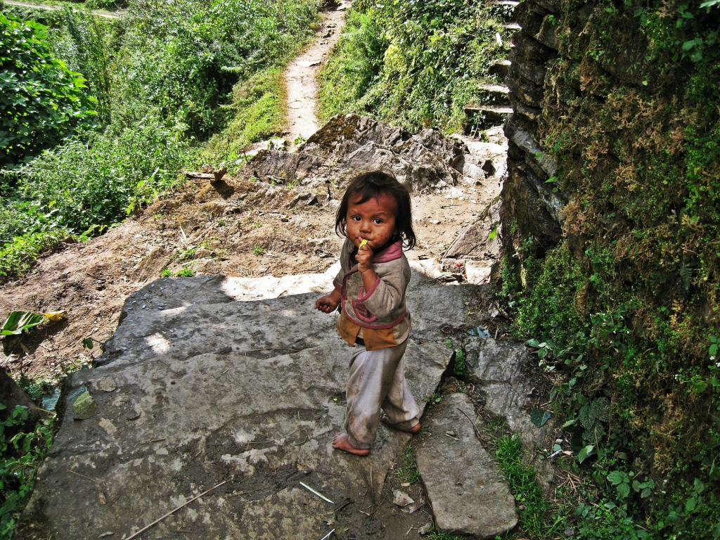 Local girl, Annapurna Sanctuary Trekk