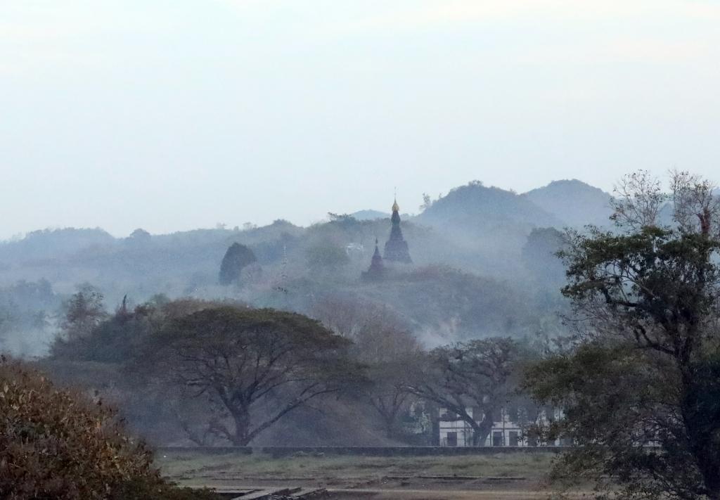 Pagodas, Mrauk U