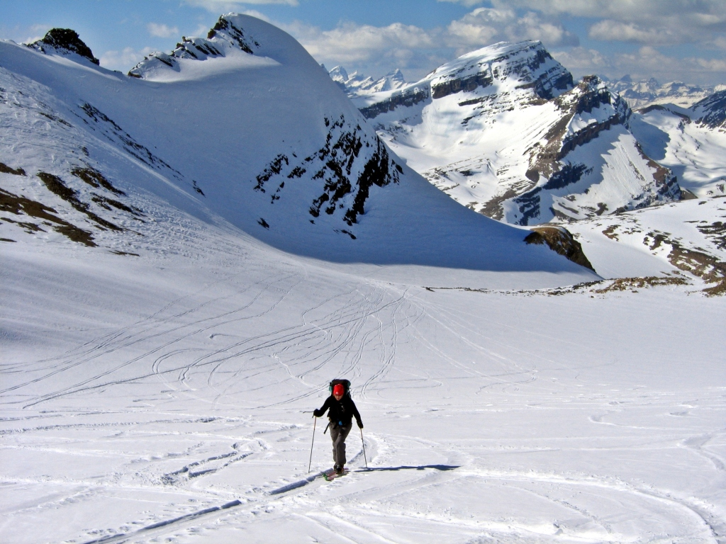 Skiing toward High Balfour Col, Wapta Icefield
