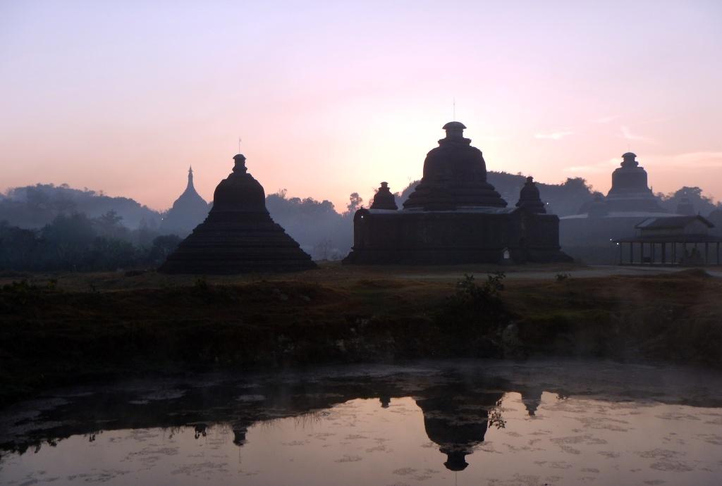 Sunrise, Mrauk U