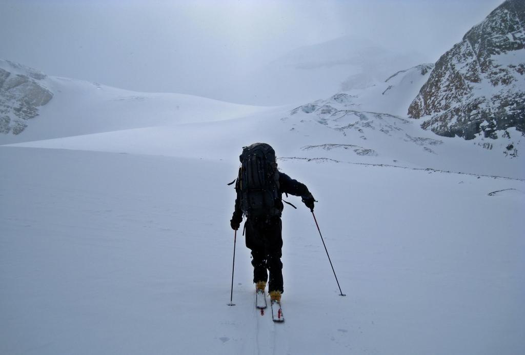 Approaching Peyto Hut, Wapta Icefields