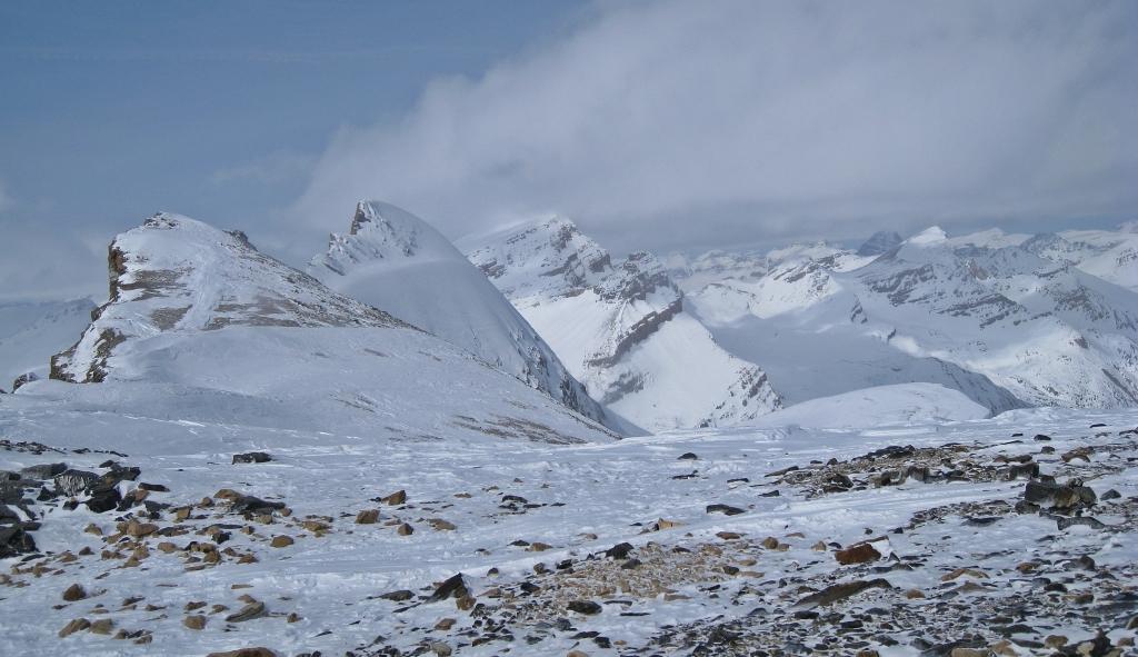 Olive-St. Nicholas Col, Wapta Icefield
