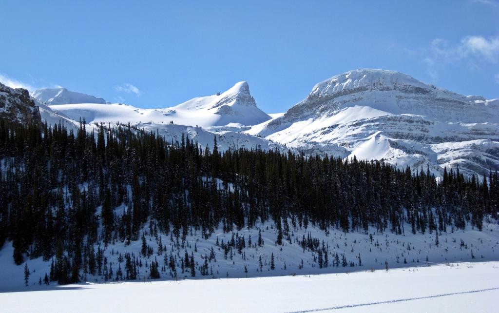 Bow Lake and St. Nicholas