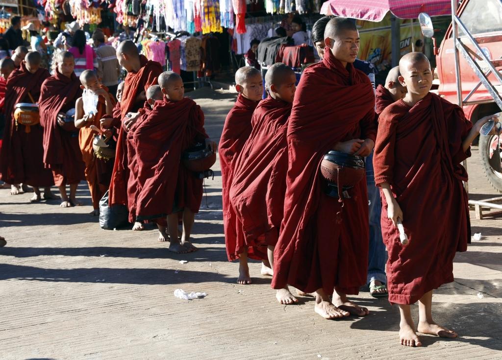 Novice monks, Golden Rock