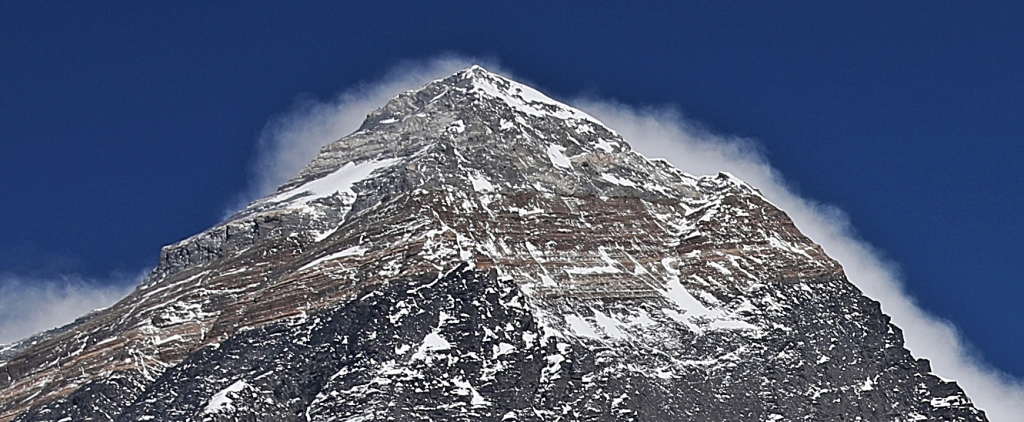 Everest summit from Kala Pattar