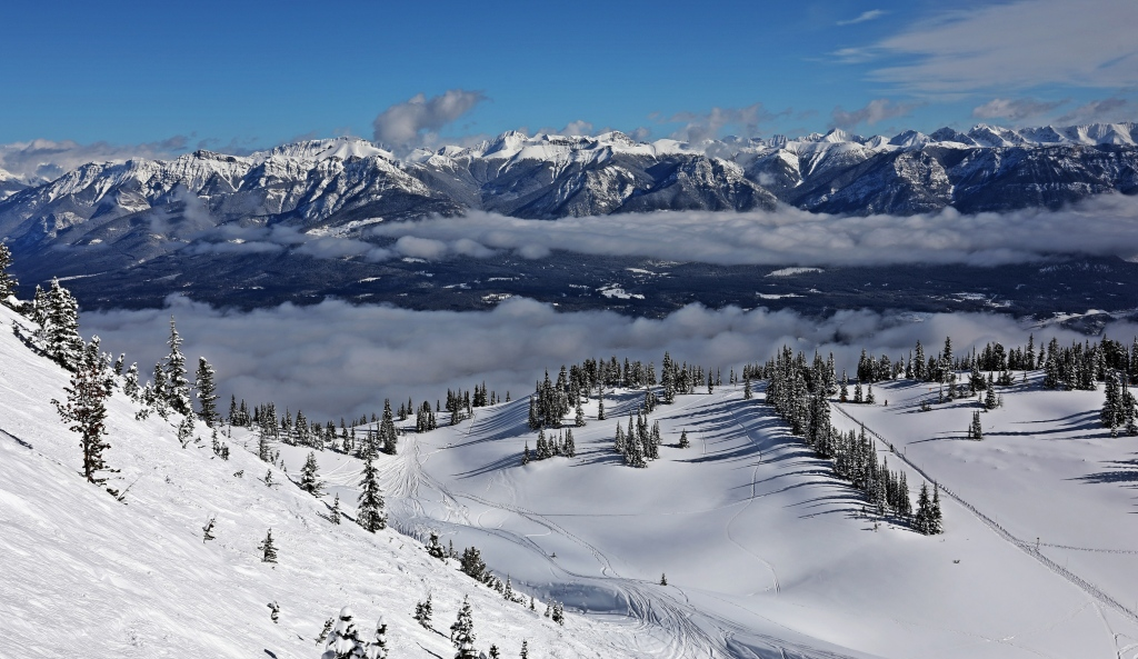 T1 and Super Bowl, Kicking Horse Mountain Resort