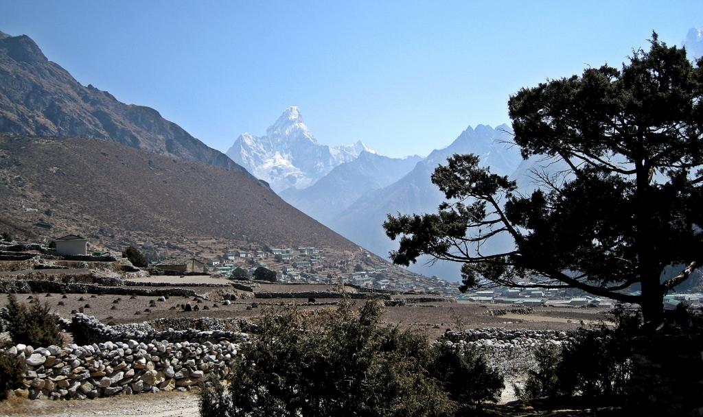 Khune & Khumjung below Ama Dablam, Everest region