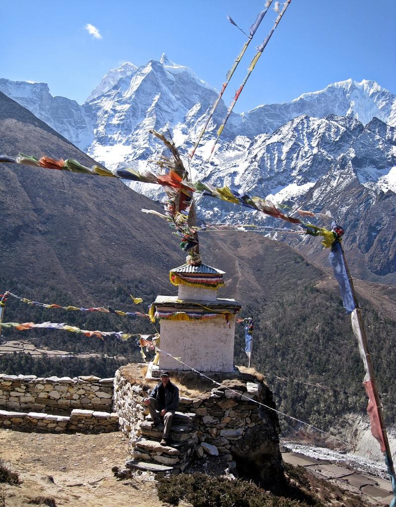 Chorton in front of Mt. Thamserku, Everest region