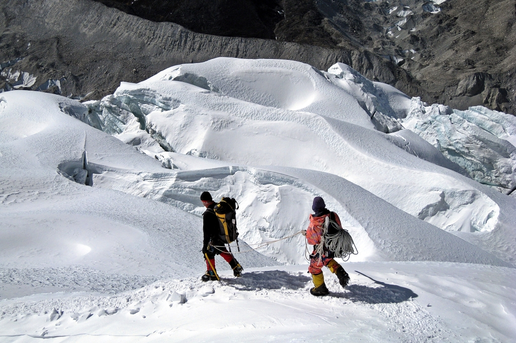 Crevases on the approach to headwall, Island Peak