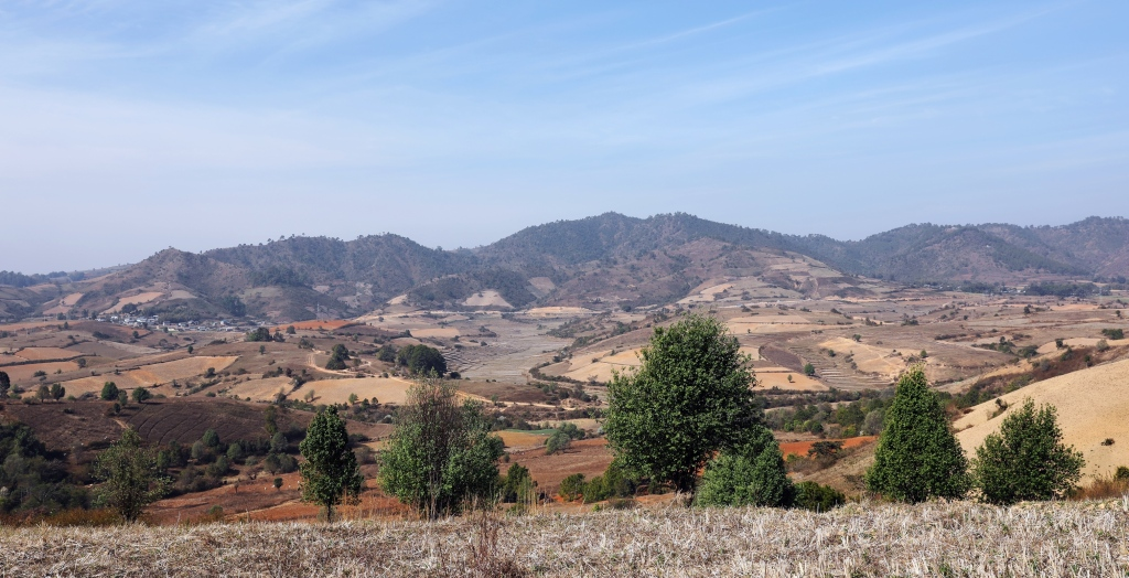 Views on Kalaw to Inle trek