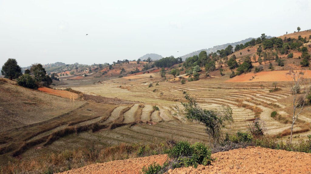 Red earth, Kalaw to Inle trek