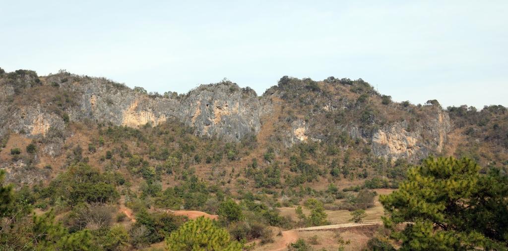 Rocky mountains, Kalaw to Inle trek