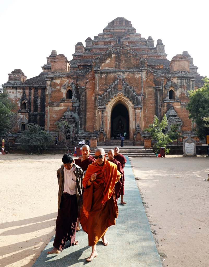 Monks outside of a Dhammayangyi Temple, Bagan