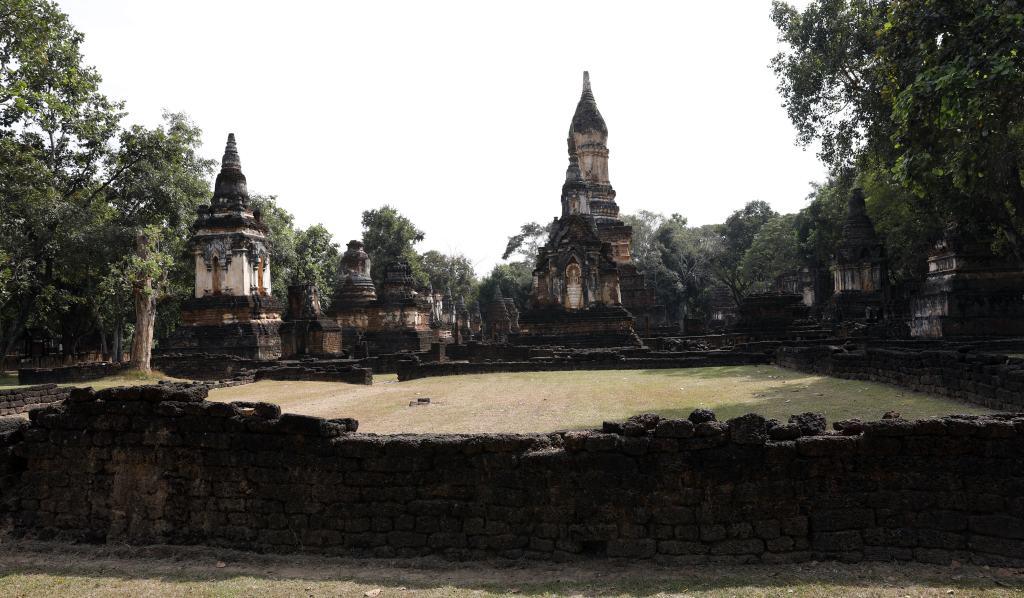 Wat Chedi Chet Thaeo, Si Satchanalai
