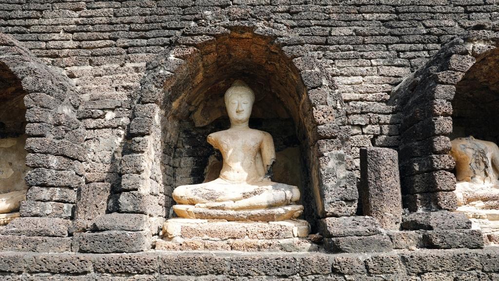 Buddha statue,Wat Chang Lom, Si Satchanalai
