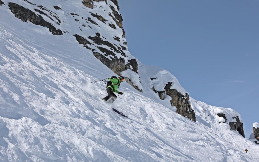 Whitewall, Kicking Horse Mountain Resort