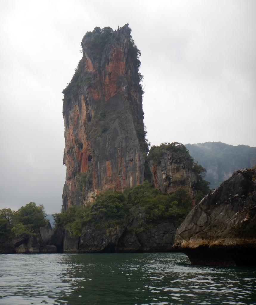 Islands between Krabi and Railay
