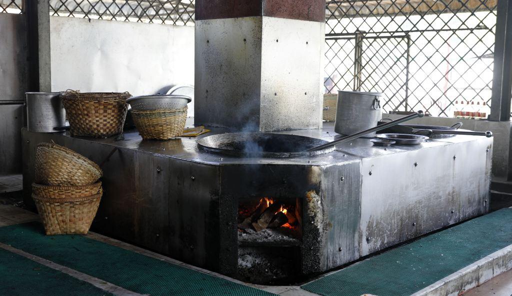 Kitchen in Maha Ganayon Kyaung Monastery