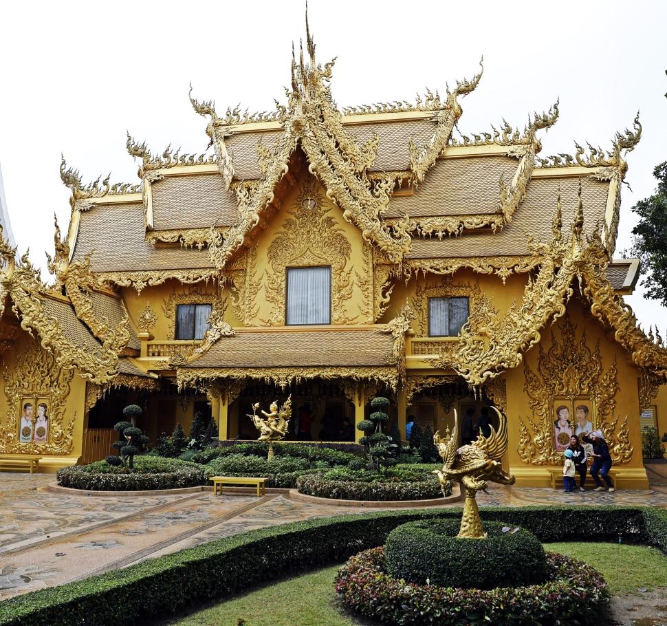 Washrooms at White Temple, Chiang Rai