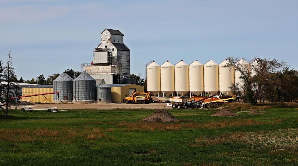 Grain Elevator, Manitoba